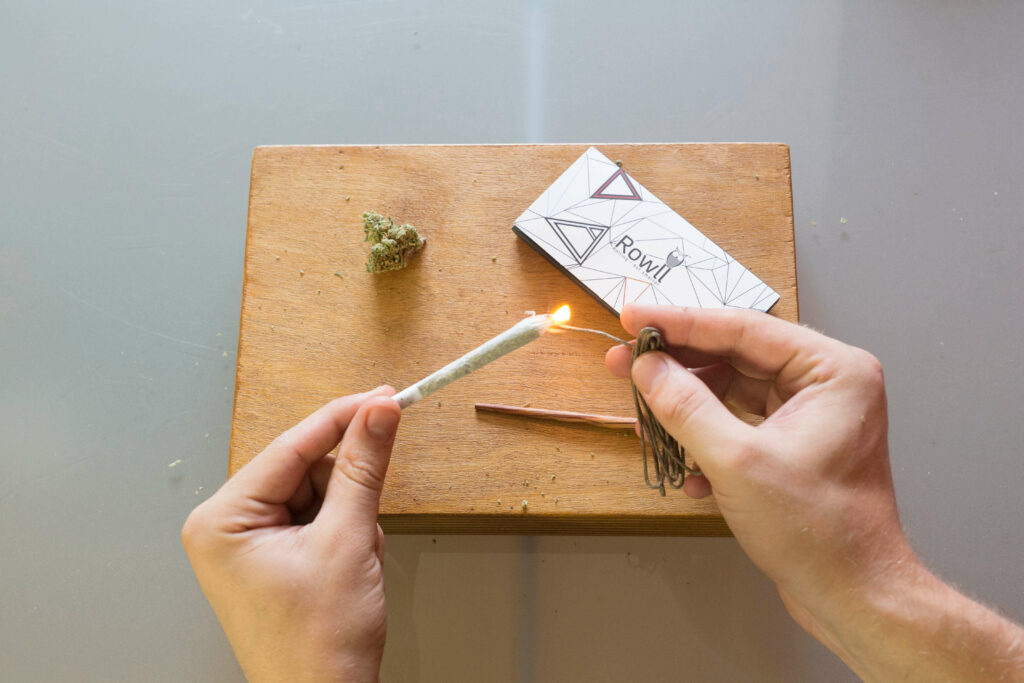 How To Roll A Joint - Step 8