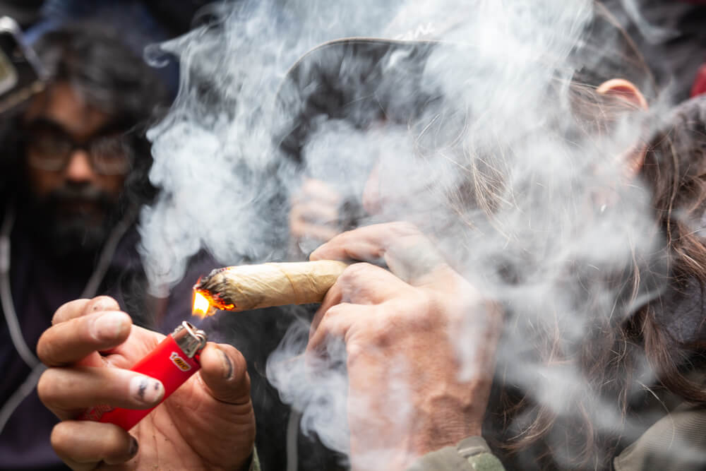 Lawmakers In Illinois Vote To Legalize Recreational Cannabis